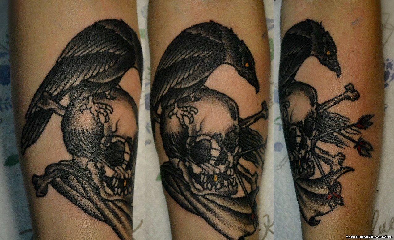 Фото татуировок корон на руке